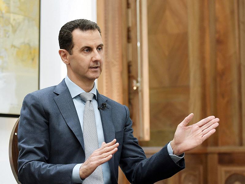 """Президент Сирии Башар Асад в интервью радио Europe1 заявил, что стремление президента США Дональда Трампа запретить сирийским гражданам въезд в Соединенные Штаты направлено """"не против сирийского народа"""""""
