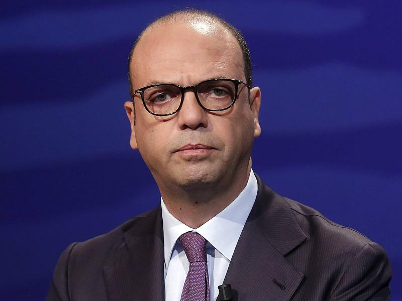 Глава МИД Италии собирается обсудить с госсекретарем США санкции против России