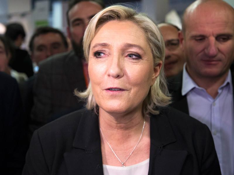 "Глава французской правой партии ""Нацфронт"" Марин Ле Пен объявила о старте президентской кампании"