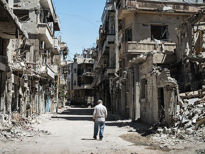 Россия убеждает мировые державы дать Сирии миллиарды долларов на восстановление, чтобы способствовать попыткам урегулировать конфликт, которые сейчас буксуют