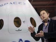 SpaceX устроит полет вокруг Луны для двух космических туристов
