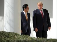 Премьер-министр Японии обсудил с Трампом антироссийские санкции