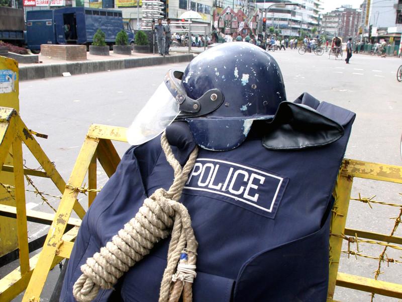В Бангладеш прошли протесты против строительства угольной станции - есть погибший