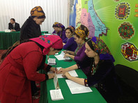 На президентских выборах в Туркмении большинство проголосовало за первые четыре часа, объявил ЦИК