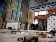 В Пакистане сторонник ИГ подорвал себя в толпе возле знаменитого мавзолея: более 70 человек погибли