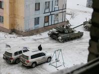 Обстановка в Донбассе накаляется: танки ВСУ вошли в Авдеевку, радикалы заблокировали железную дорогу под Донецком