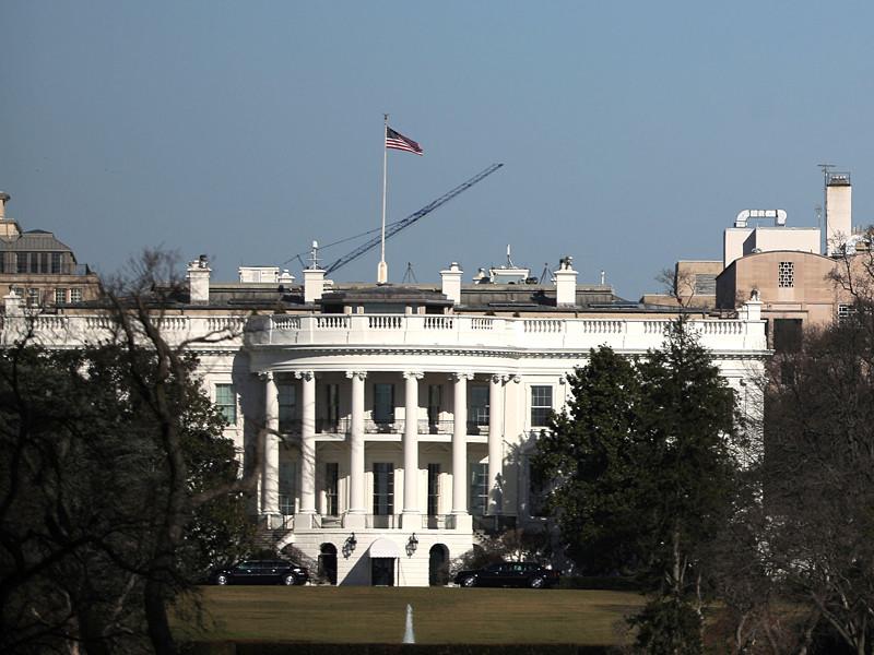 США смягчили ограничительные меры, принятые в отношении Федеральной службы безопасности (ФСБ) России в связи c обвинениями в причастности к хакерским атакам на американские серверы