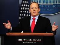 CNN: президент США разочарован работой своего пресс-секретаря