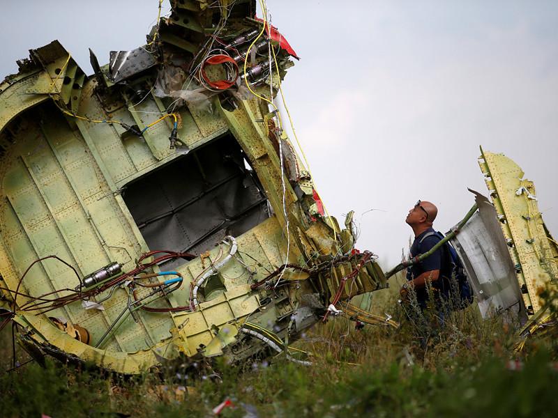 """Международная экспертно-журналистская группа Bellingcat назвала имя человека, который, предположительно, контролировал транспортировку пусковой установки ракетного комплекса """"Бук"""", из которой был сбит Boeing 777 """"Малайзийских авиалиний"""" (рейс MH17) на Донбассе 17 июля 2014 года"""