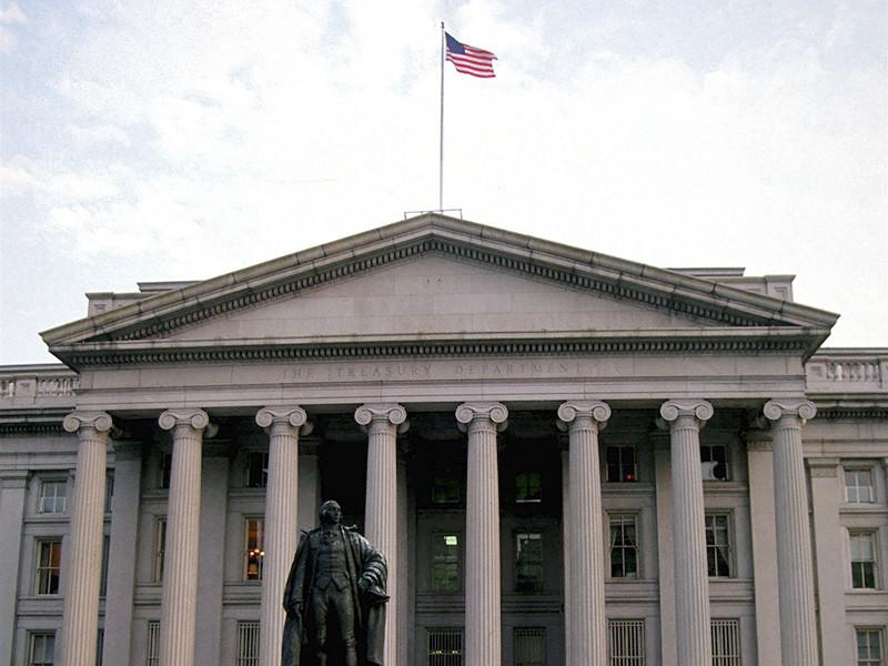 Министерство финансов США уточнило порядок применения санкций в отношении Федеральной службы безопасности (ФСБ) РФ, наложенных в конце прошлого года предыдущей администрацией Барака Обамы в связи с приписываемыми Москве хакерскими атаками, из-за жалоб американских компаний