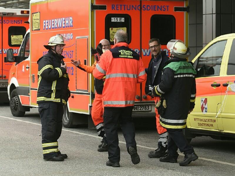В аэропорту Гамбурга в воскресенье днем объявлена эвакуация из-за неизвестного газа