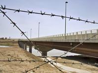 """Таджикистан опровергает сведения о переправке через свою границу с Афганистаном оружия из России для """"Талибана"""""""