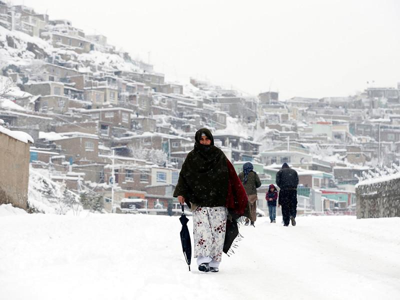 В Афганистане число погибших в результате сильных морозов, снегопадов и лавин в воскресенье превысило 50 человек