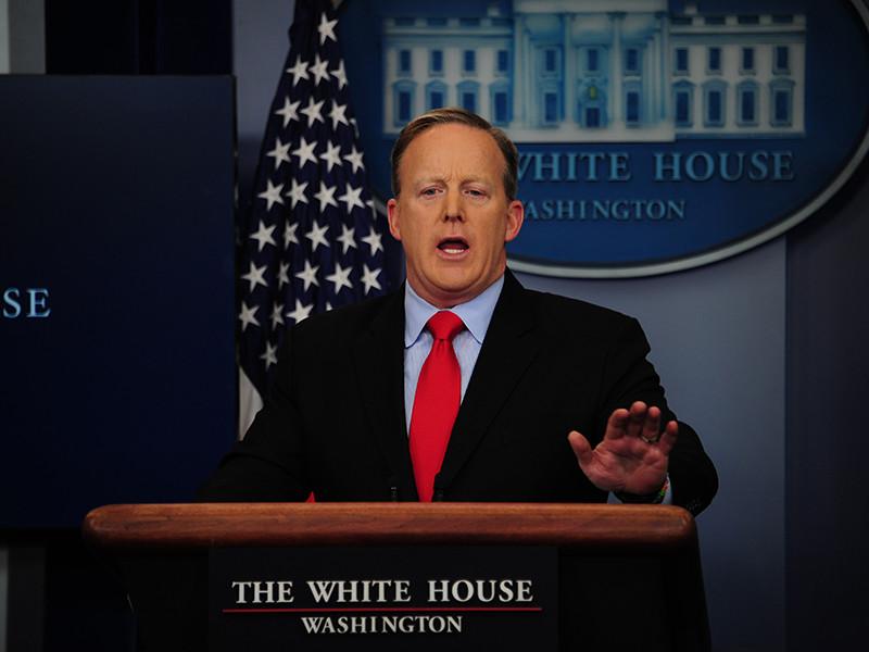 Официальный представитель Белого дома, пресс-секретарь президента США Шон Спайсер прояснил позицию Вашингтона относительно антироссийских санкций
