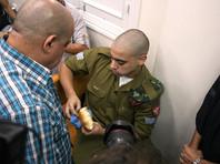 Официальный представитель Управления верховного комиссара ООН по правам человека Равина Шамдасани заявила, что приговор израильскому солдату Эльору Азарию, получившему 18 месяцев тюрьмы за убийство обезоруженного и тяжело раненного палестинца, слишком мягок