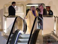 Саудовский король Салман прибыл в Токио на 10 самолетах