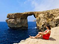 Мальта лишилась природного аттракциона для туристов: на острове Гоцо рухнуло в море Лазурное окно
