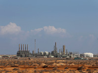 Ливийская армия под командованием поддерживаемого Москвой маршала Хафтара пытается боем вернуть нефтяной порт Рас-Лануф