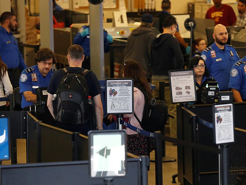 США ограничат провоз электронных устройств на авиарейсах из нескольких стран