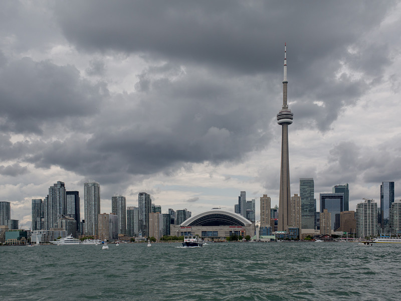 ВВС Канады секретно предписали сбивать захваченные самолеты в случае атаки на телебашню в Торонто