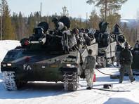 """В Швеции во время учений """"Зима-2017"""" под лед провалился танк, один человек погиб"""