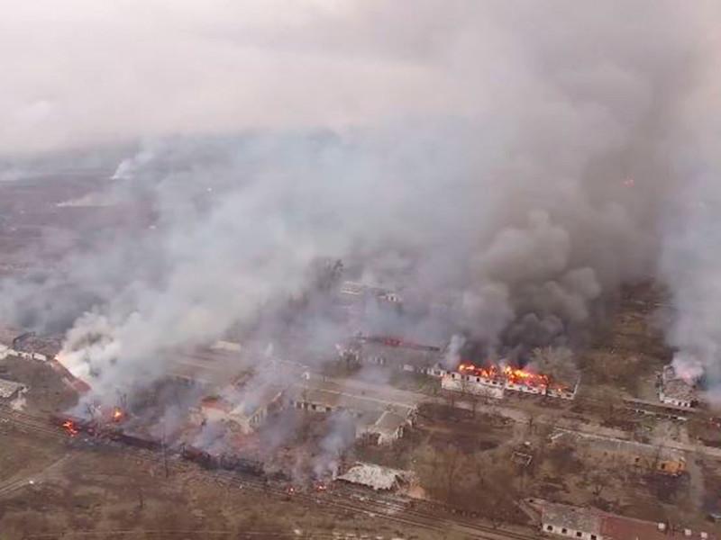 В результате взрывов на складах с боеприпасами под Харьковом погибла женщина, еще одна ранена