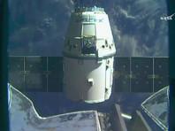 Космический грузовик Dragon летит к Земле с МКС