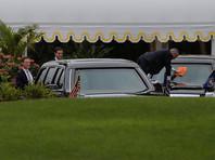 По территории Белого дома 16 минут разгуливал неизвестный, заглядывая в окна и дергая за ручки дверей