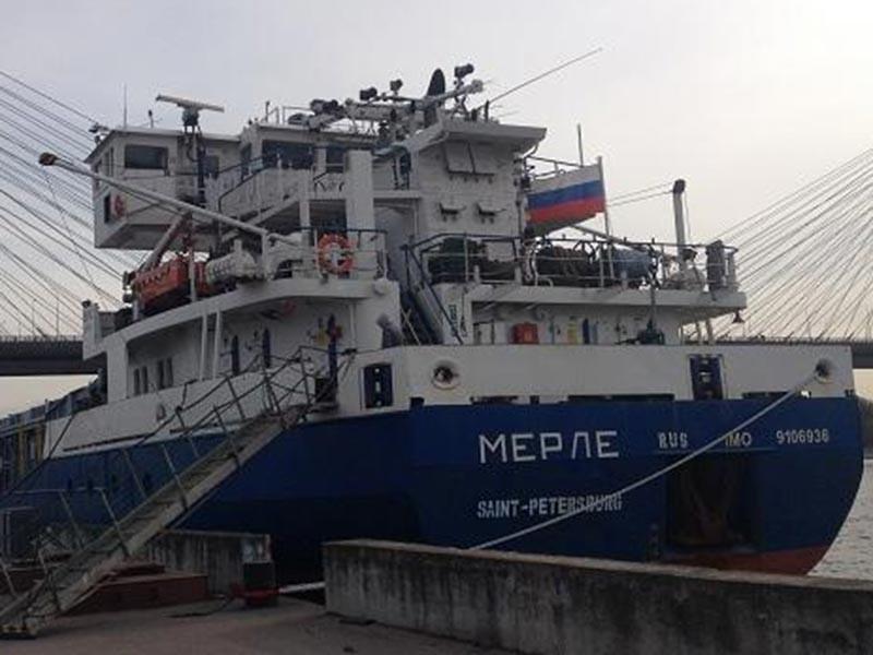 """Инцидент произошел в воскресенье, 5 марта. """"Береговой охраной западно-ливийского города Завия в прибрежных водах Ливии был задержан и далее отконвоирован в порт Триполи российский сухогруз Merle"""""""