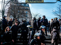 """""""Дело Тео"""": во Франции протестующие против полицейского произвола заблокировали лицеи"""