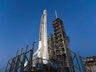 Компания SpaceX впервые запустила уже использованную ракету, первую ступень которой ранее успешно вернули на морскую платформу