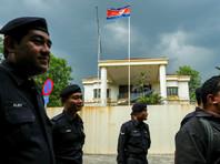 Посол КНДР в Малайзии Кан Чхоль объявлен персоной нон грата. В 6 часов вечера в субботу он был вызван в малайзийский МИД, где ему было предложено покинуть страну в течение 48 часов