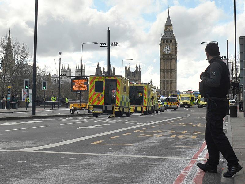 Одним из погибших в результате теракта возле Вестминстерского дворца в Лондоне оказался гражданин США Курт Кокрен, который вместе с супругой приехал в столицу Великобритании, чтобы отпраздновать 25-летие свадьбы