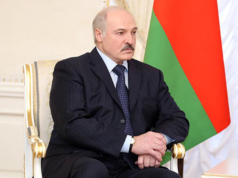 Президент Белоруссии Александр Лукашенко прокомментировал решение Вашингтона нанести 7 апреля ракетный удар по сирийскому аэродрому в ответ на химическую атаку, ответственность за которую в США возложили на президента Сирии Башара Асада