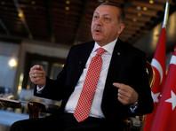 Отвечая на вопросы журналистов западного агентства в своем президентском дворце в Анкаре, турецкий лидер также намекнул на ослабление поддержки, которую Асад получает от России