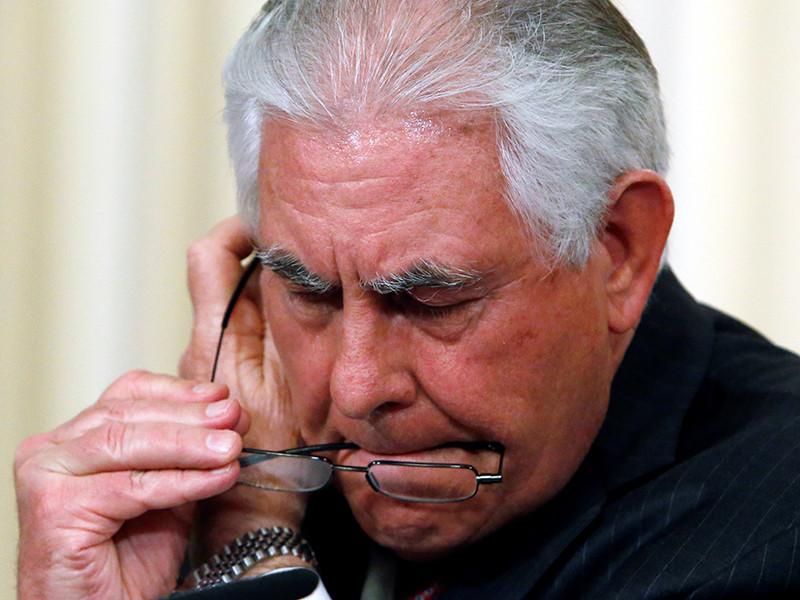Politico: Тиллерсон стал любимчиком Трампа в Белом доме и получает все больше власти