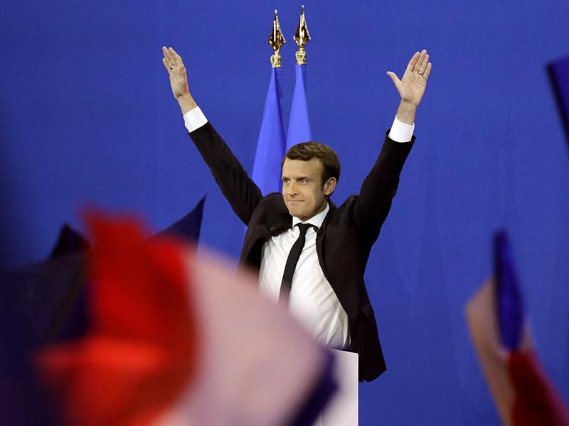 """Лидер движения """"Вперед"""" Эмманюэль Макрон победил в первом туре выборов президента Франции, набрав 23,75% голосов по итогам подсчета всех бюллетеней"""