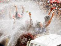 В Мьянме почти 300 человек погибли во время празднования водного фестиваля