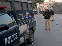 """В Пакистане полоумный служитель церкви насмерть забил 20 прихожан ради их """"очищения"""""""
