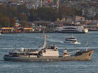 """Российский корабль """"Лиман"""" получил пробоину при столкновении в Черном море и затонул"""
