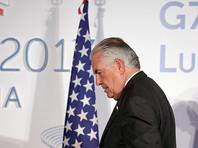 Тиллерсон за час до вылета в Москву заявил, что Россия должна отказаться от поддержки Асада