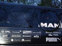 """По информации издания, в результате инцидента пострадал защитник """"Боруссии"""" Марк Бартра, который уже был доставлен в больницу. По предварительным данным, его здоровью ничего не угрожает"""