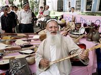 Согласно изменениям, фамилия, согласно таджикским национальным традициям, может образовываться от имени отца или от корня его фамилии с образующими фамилии суффиксами -и, -зод, -зода, -он, -ён, -йен, -ёр, -ниё, -фар