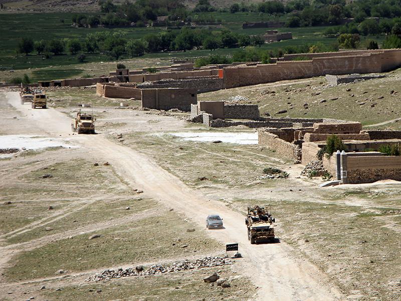 """Число боевиков террористической группировки """"Исламское государство""""*, ликвидированных в результате удара сверхмощной бомбы США на востоке Афганистана, превысило 90 человек"""