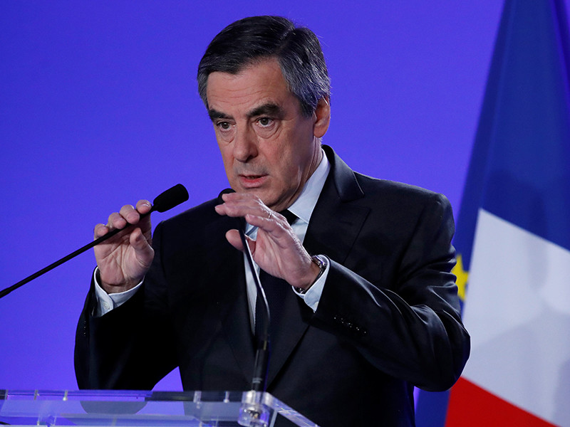Кандидат в президенты Франции Франсуа Фийон пообещал бороться с террором вместе с РФ, провести экономические реформы и изменить ЕС