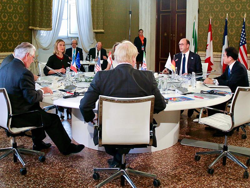 """""""Большая семерка"""" намерена призвать РФ отказаться от """"лицемерия"""" в Сирии и вместе с другими государствами поспособствовать завершению конфликта в ближневосточном государстве"""