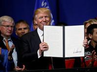"""Президент США подписал указ """"Покупай американское, нанимай американцев"""""""