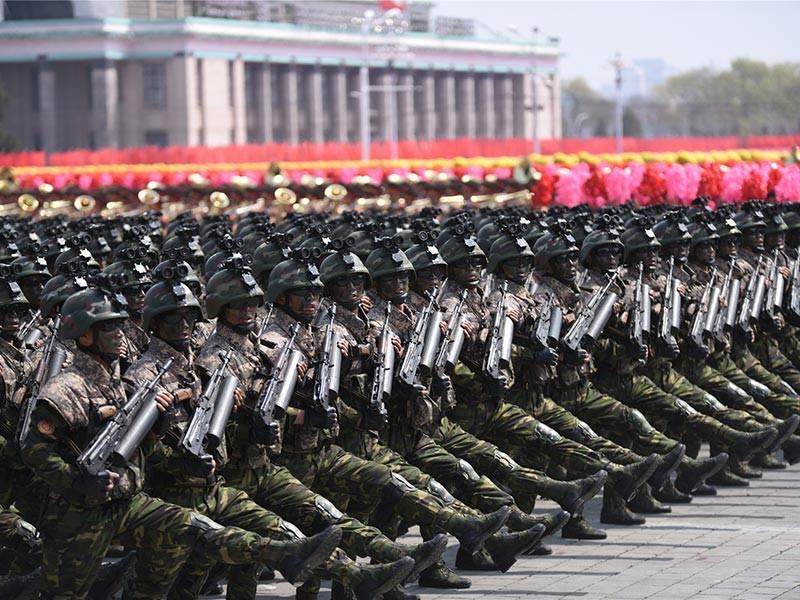 На состоявшемся 15 апреля военном параде в Пхеньяне в честь 105-й годовщины дня рождения Ким Ир Сена был впервые представлен новый вид вооруженных сил Северной Кореи. Страна раскрыла существование сил специальных операций в составе Народной армии КНДР