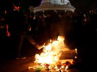 В Париже после выборов произошли новые столкновения между полицией и демонстрантами