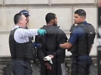 В центре Лондона по подозрению в терроризме задержан вооруженный мужчина